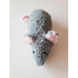 Grande souris grise